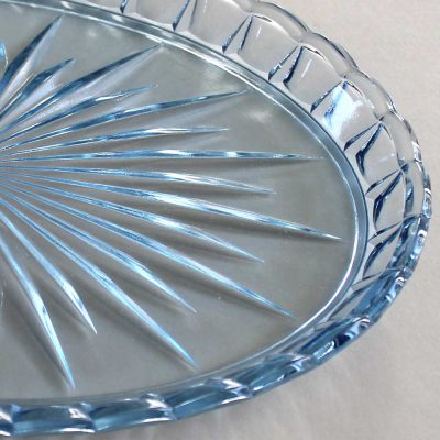 blue-glass-tray-134a