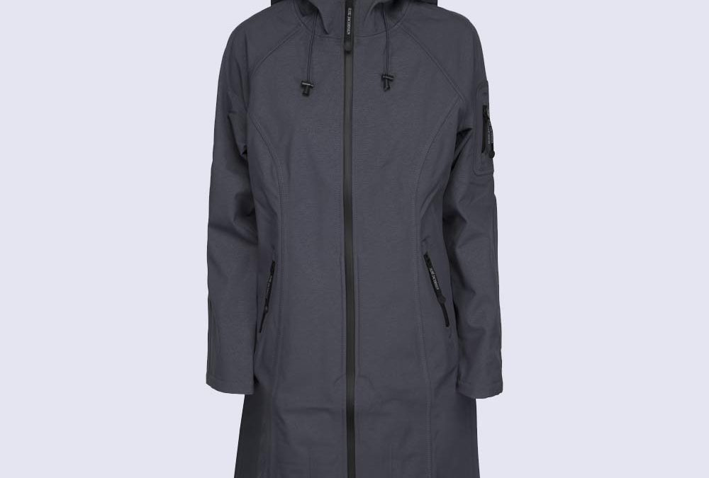 Ilse Jacobsen Softshell Long Raincoat in India Ink