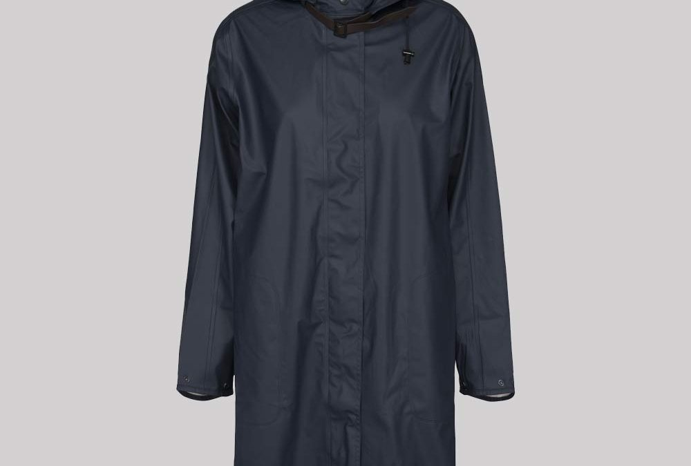 Ilse Jacobsen Light Long Raincoat in India Ink