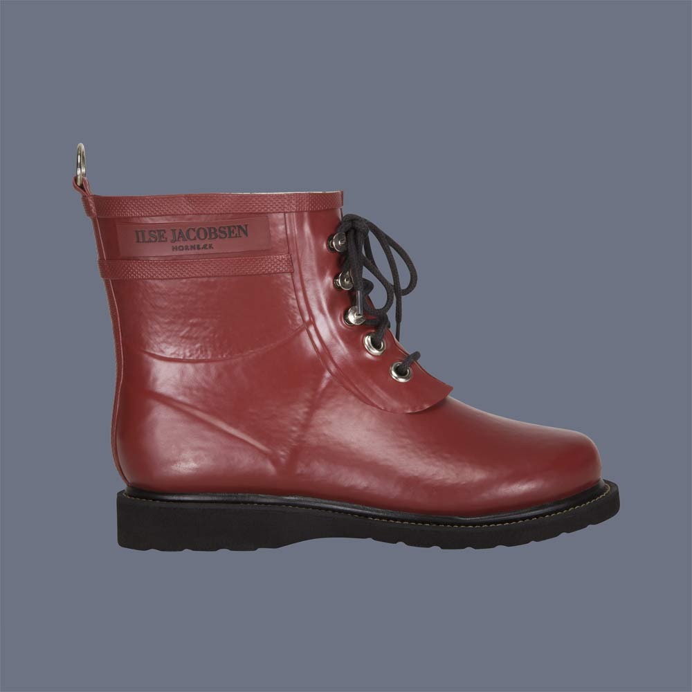 Ilse Jacobsen Classic Short Rubber Boot in Brick Red